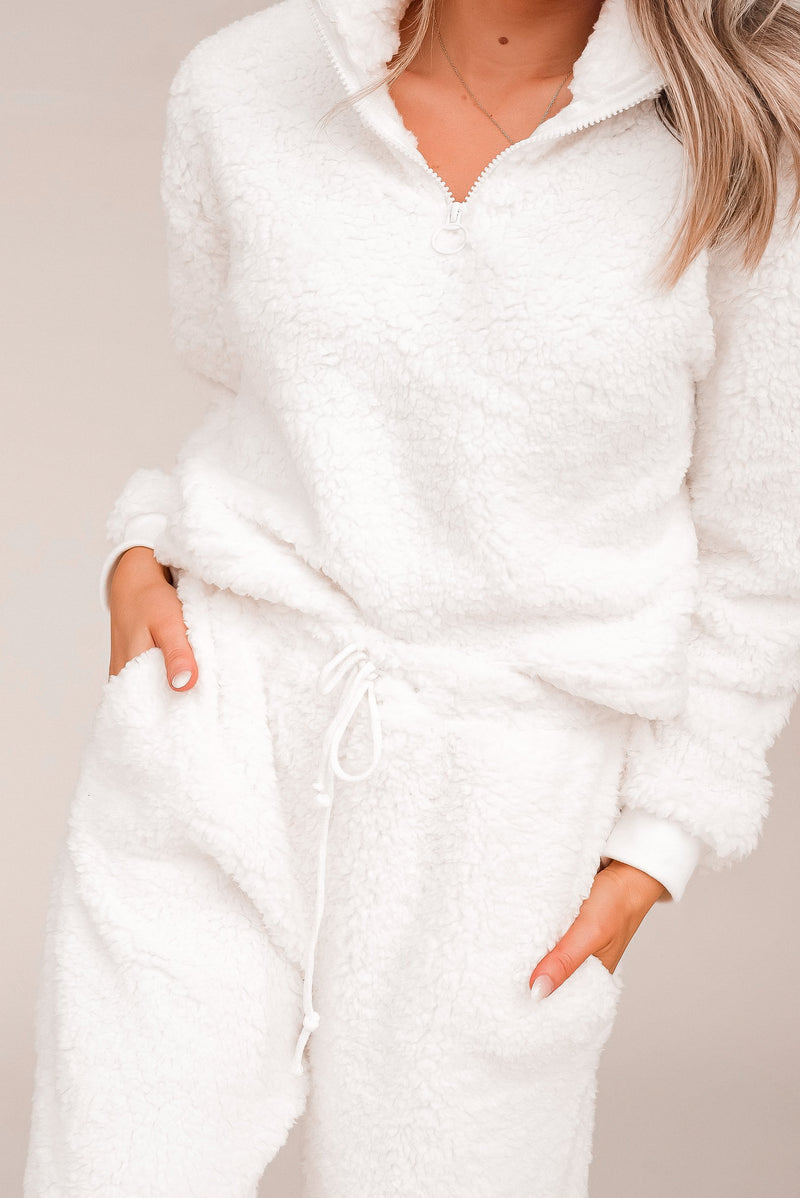 Cozy Teddy Bear Pullover and Joggers Sherpa Set | LLACIE