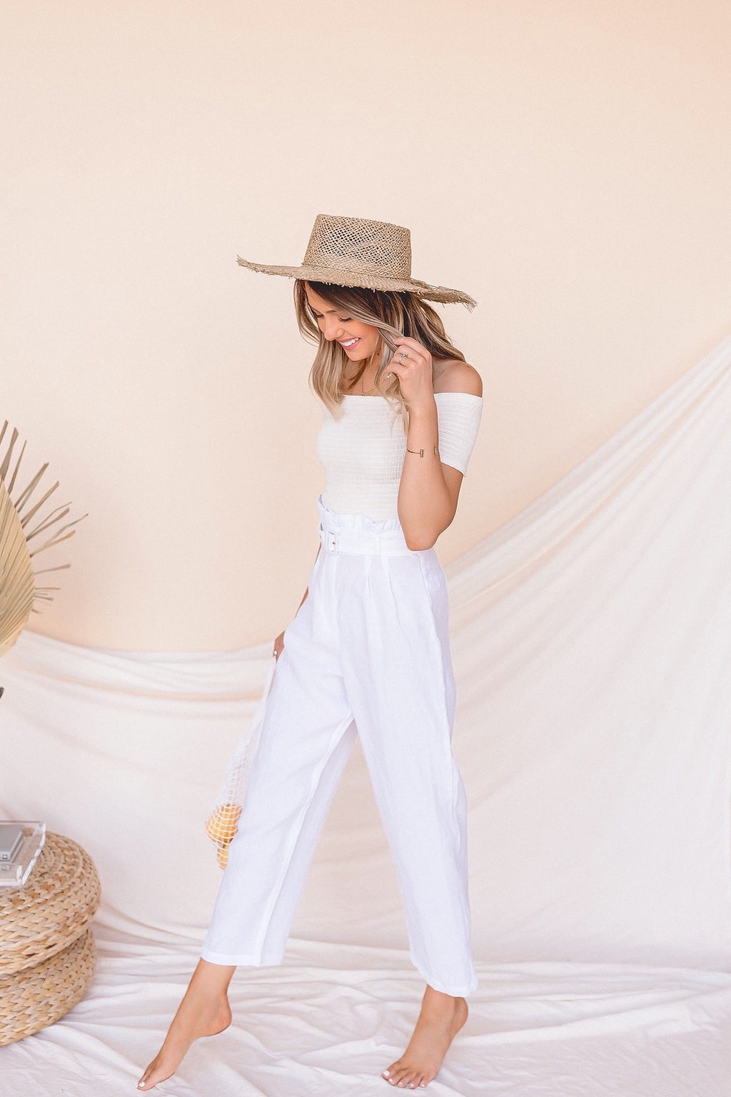 Playing Favorites Belted Linen Pants- FINAL SALE | LLACIE