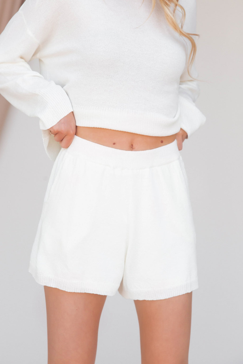 Relaxing Weekend Light Knit Shorts - LLACIE