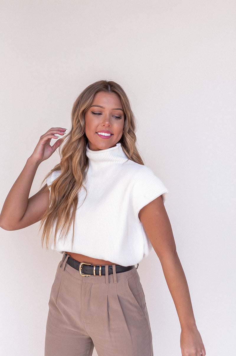Aspyn White Sweater Vest - LLACIE