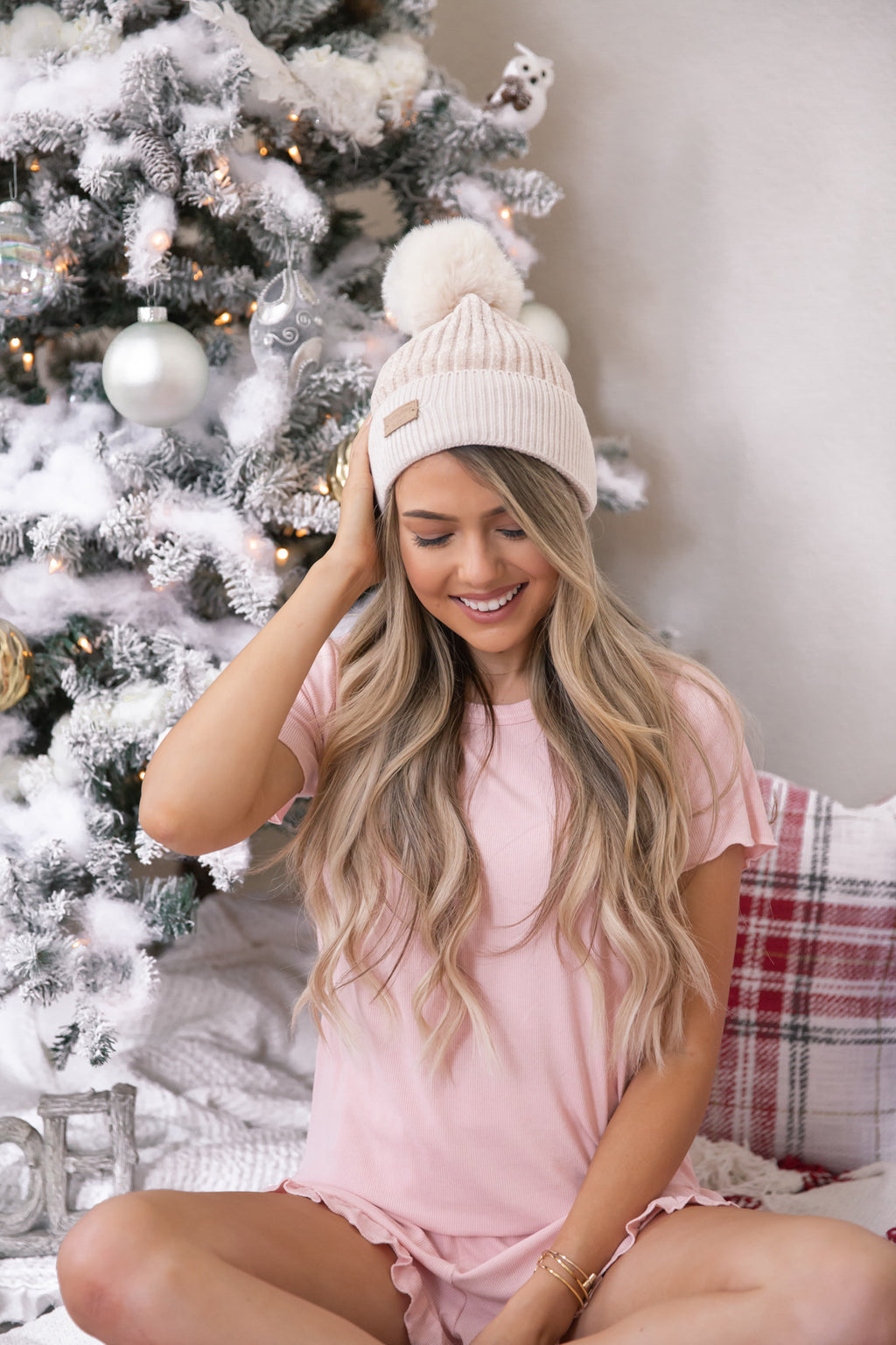 Winter Wonderland Ivory Pom Pom Beanie-FINAL SALE