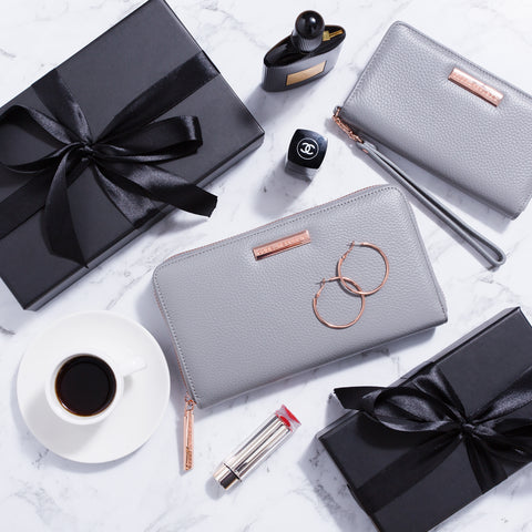 tech accessory gifts