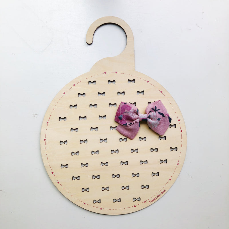 Bow Plaques - Wardrobe (ready-made)