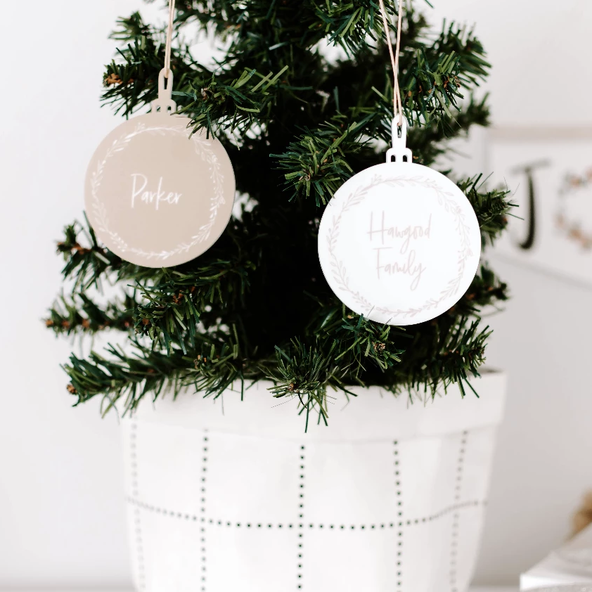 White Acrylic Christmas Baubles - Wreath