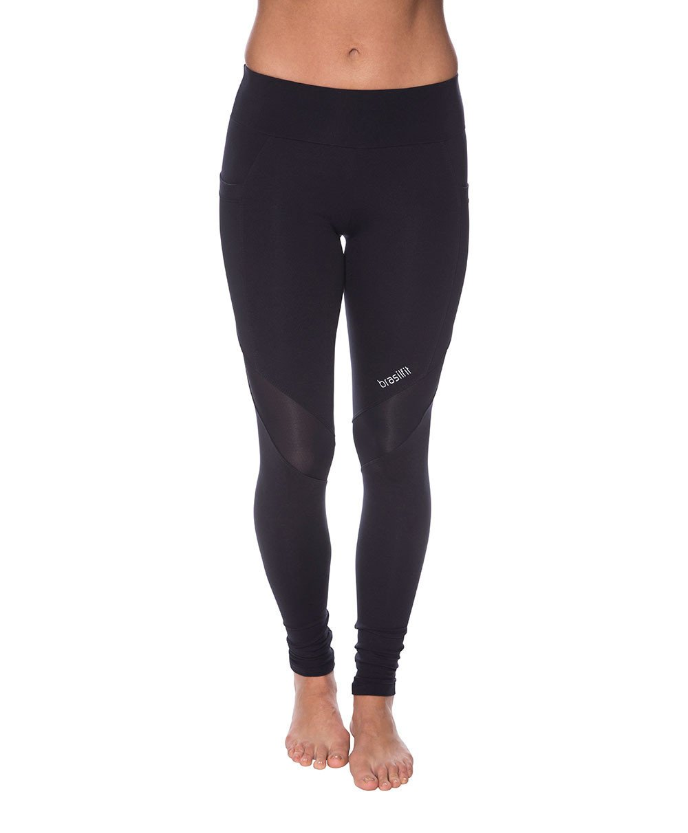 Side view product image for Brasilfit Versao full length activewear leggings. Osaka leggings are made from our premium Supplex fabric and contain mesh inserts with pocket. Versao leggings are part of our essentials and basics activewear collection that is focused on high compression, performance activewear.