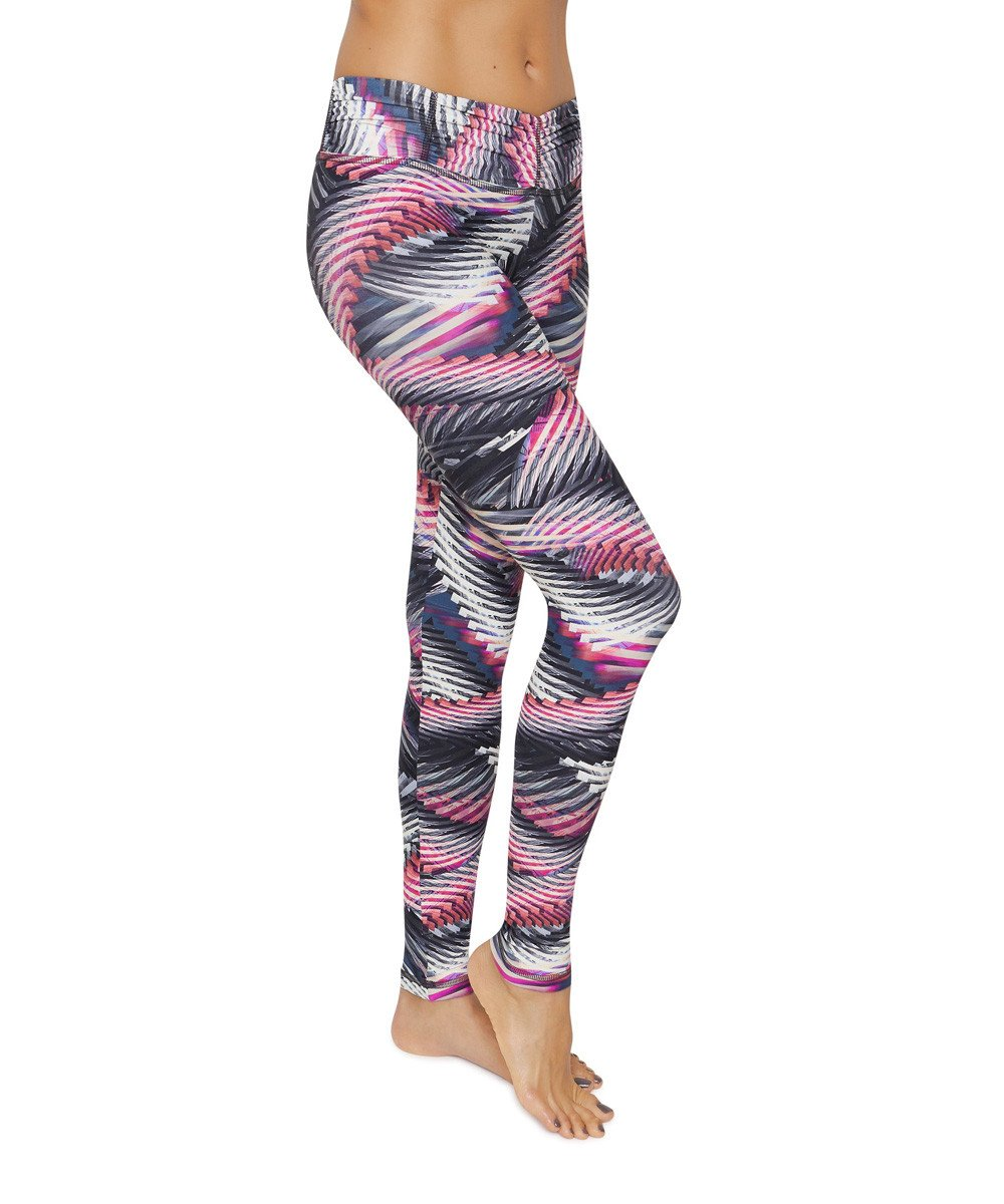 Product image for Brasilfit Maravilha full length activewear leggings.  Maravilha leggings are part of our Crazy prints activewear collection that is focused on performance activewear with colourful prints