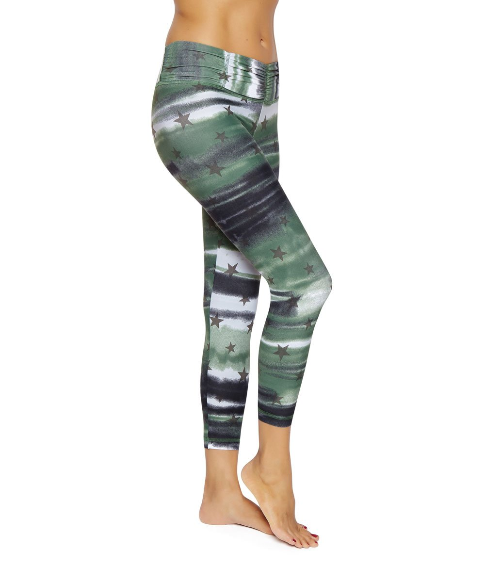 Product image for Brasilfit Coregam calf length activewear leggings.  Coregam leggings are part of our Crazy prints activewear collection that is focused on performance activewear with colourful prints