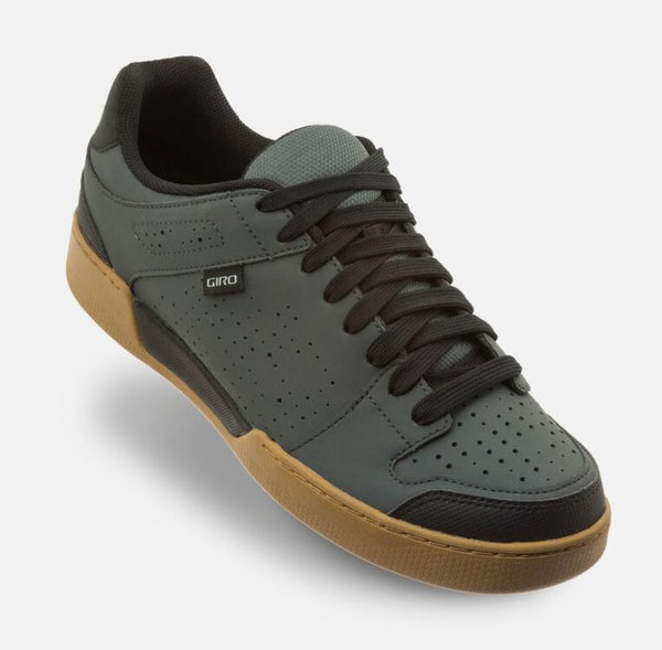 Giro Jacket II Shoe Shadow/Gum - Pitcrew.nz