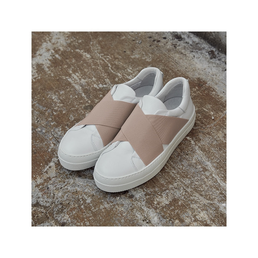 White and more Sara sneakers Sko 235 Cloud dancer
