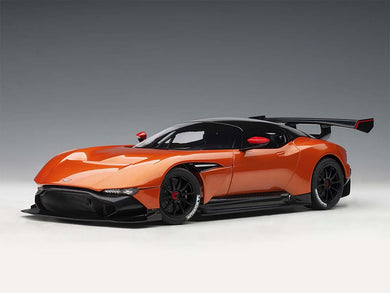 AUTOART 1/18 ASTON MARTIN VULCAN MADAGASCAR ORANGE 70264