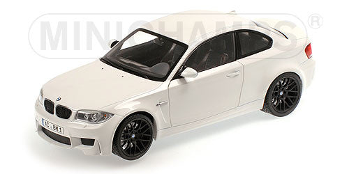 MINICHAMPS 1/18 BMW 1er M COUPÉ 2011 WHITE (ALPINE WHITE) 110020022