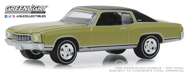 GreenLight 1:64 GreenLight Muscle Series 22 - 1971 Chevrolet Monte Carlo SS 454 - Cottonwood Green 13250-D
