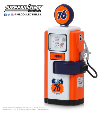 GreenLight 1:18 Vintage Gas Pumps Series 7 - 1948 Wayne 100-A Gas Pump Union 76 Gasoline 14070-B