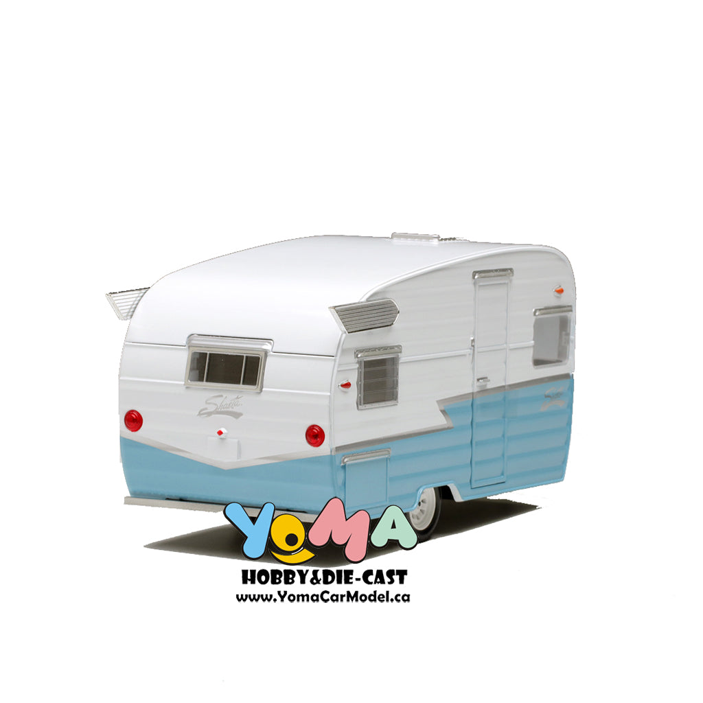 GreenLight 1/24 Shasta 15 inch Airflyte - White and Blue