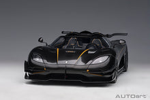 AUTOART 1/18 KOENIGSEGG ONE : 1 (PEBBLE WHITE/CARBON BLACK /RED ACCENTS) 79019
