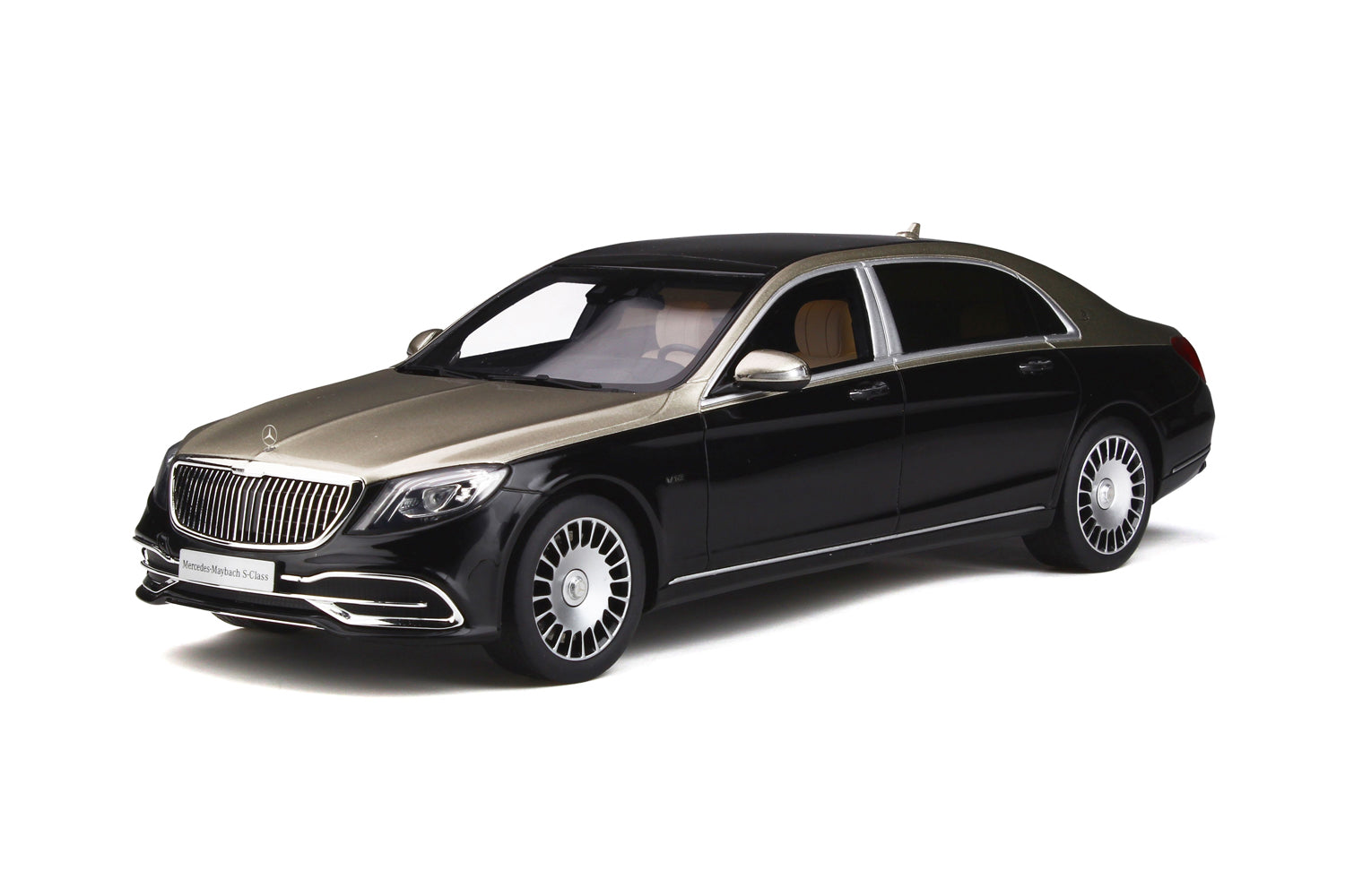 GT Spirit 1/18 Mercedes-Maybach S650 2019 Silver/Black GT237