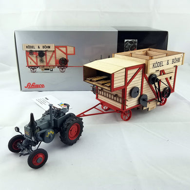 SCHUCO 1/32 Lanz Bulldog with threshing machine 450898900