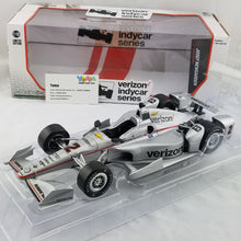 GreenLight 1/18 2017 Indycar Series #2 Josef Newgarden / Penske Racing, Verizon Diecast Model Car 11000