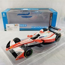 GreenLight 1/18 2016-17 FIA Formula E #23 Nick Heidfeld / Mahindra Racing Diecast Model Car 18103