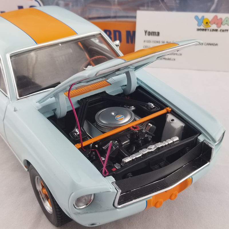 GreenLight 1/18 1967 Ford Mustang Coupe Gulf Oil