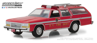 GreenLight 1/64 1990 Ford LTD Crown Victoria Wagon - Washington D.C. Fire Dept 29999
