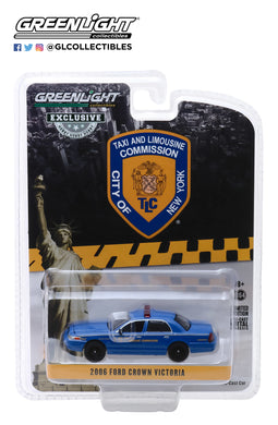 GreenLight 1:64 2006 Ford Crown Victoria New York City Taxi and Limousine Commission 30092
