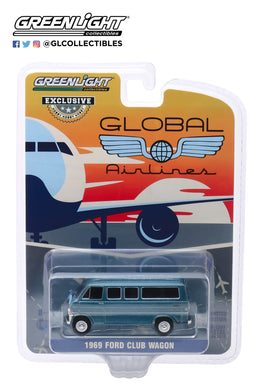 GreenLight 1:64 1969 Ford Club Wagon - Global Airlines (Hobby Exclusive) 30129