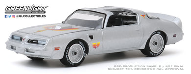 GreenLight 1:64 1977 Pontiac Firebird Fire Am by Very Special Equipment (VSE) - Silver with Hood Bird 30148
