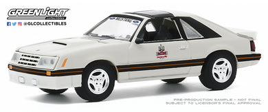 GreenLight 1:64 1979 Ford Mustang 1982 Detroit Grand Prix Official Pace Car 30167