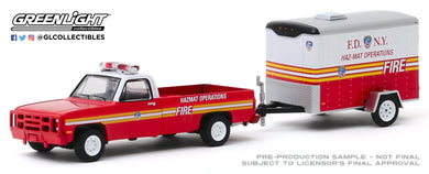 GreenLight 1:64 Hitch & Tow Series 19 - 1986 Chevrolet M1008 CUCV FDNY (The Official Fire Department City of New York) Haz-Mat Operations and Small Cargo Trailer 32190-A