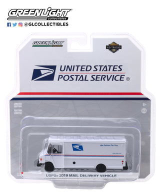 GreenLight 1:64 H.D. Trucks Series 17 - 2019 Mail Delivery Vehicle - United States Postal Service (USPS) 33170-B