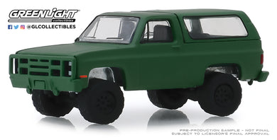 GreenLight 1:64 Blue Collar Collection Series 6 - 1988 Chevrolet K5 Blazer M1009 Commercial Utility Cargo Vehicle (CUCV) 35140-D