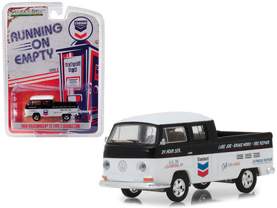 GreenLight 1/64 Running on Empty Series 6 - 1968 Volkswagen T2 Type 2 Double Cab - Standard Oil Change & Service 41060-C