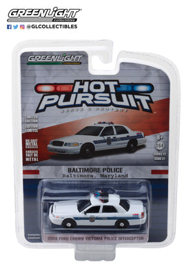 GreenLight 1/64 Hot Pursuit Series 27 - 2008 Ford Crown Victoria Police Interceptor - Baltimore, Maryland Police Department 42840-D