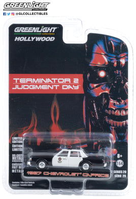 GreenLight 1:64 Hollywood Series 29 - Terminator 2: Judgment Day (1991) - 1987 Chevrolet Caprice Metropolitan Police 44890-F