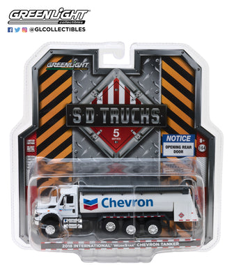 GreenLight 1/64 S.D. Trucks Series 5 - 2018 International WorkStar Tanker Truck - Chevron 45050-C