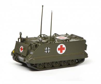 Schuco 1/87 M113 infantry ambulance vehicle Bundeswehr 452636100