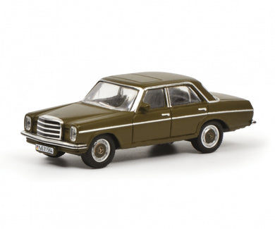 Schuco 1/87 Mercedes-Benz -/8 commander vehicle Bundeswehr 452636700