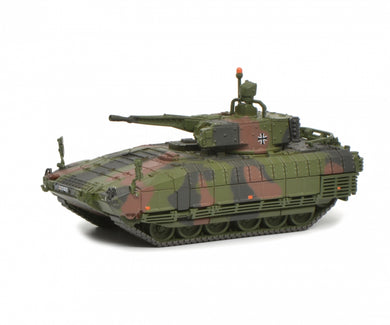 Schuco 1:87 Puma infantry combar vehicle IFV Bundeswehr camouflaged 452642100