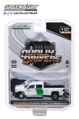 GreenLight 1:64 Dually Drivers Series 3 - 2018 Chevrolet Silverado 3500 Dually - U.S. Customs and Border Protection Border Patrol 46030-B