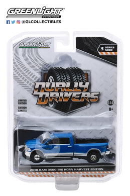 GreenLight 1:64 Dually Drivers Series 3 - 2018 Dodge Ram Harvest Edition Dually - New Holland Blue 46030-D