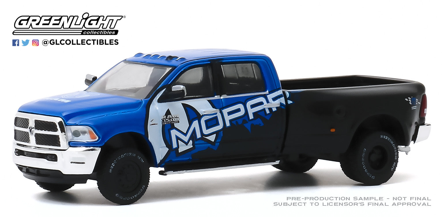 GreenLight 1:64 Dually Drivers Series 4 - 2017 Dodge Ram 3500 Dually - MOPAR Off-Road Edition 46040-C