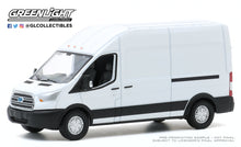 GreenLight 1:64 Route Runners Series 1 - 2015 Ford Transit LWB High Roof - Oxford White 53010-A