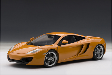 AUTOART 1/18 MCLAREN MP4-12C ORANGE 76006