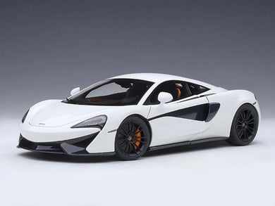 AUTOART 1/18 McLAREN 570S (WHITE/BLACK WHEELS) 76041