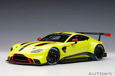 AUTOART 1/18 ASTON MARTIN VANTAGE GTE LE MANS PRO 2018 PRESENTATION CAR GREEN WITH STRIPES 81807