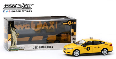 GreenLight 1:43 2013 Ford Fusion NYC Taxi 86170