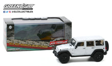 GreenLight 1:43 2013 Jeep Wrangler Unlimited Moab - Bright White 86176