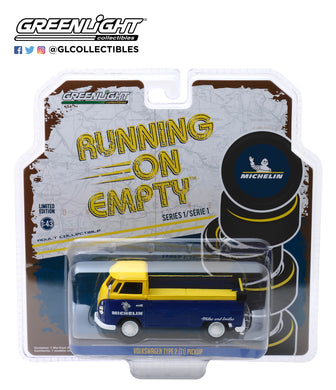 GreenLight 1:43 Running on Empty Series 1 - Volkswagen Type 2 (T1) Pickup Michelin Tires 87010-E