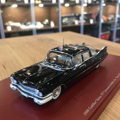 TSM 1/43 Cadillac Series 75 Limousine Bubble-Top 'Queen Elizabeth II' 1958 Black TSM114334